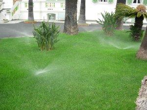 Impianti di irrigazione automatici per giardini terrazzi for Preventivo impianto irrigazione